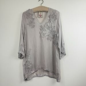 Johnny Was lace crepe Silver 3/4 sleeve tunic top